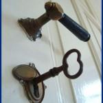 Historische Schlösser von Innentüren aufbereitet